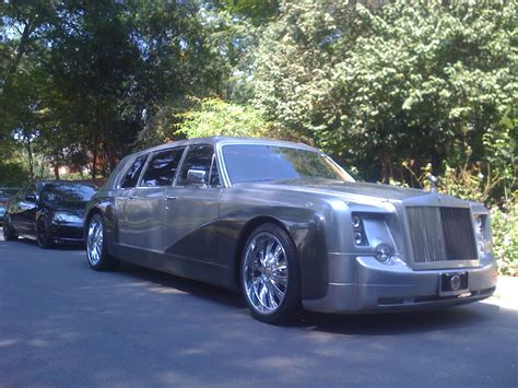 roll royce royal hire a fantastic rolls royce phantom limo with exceptional
