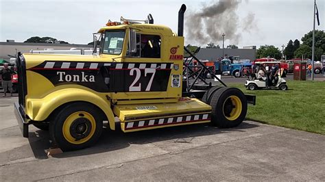 detroit diesel race truck revving youtube
