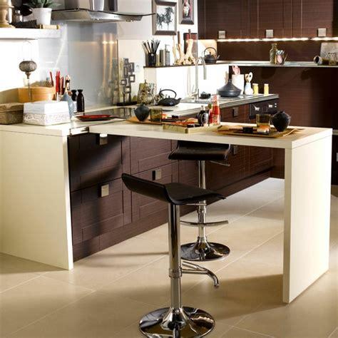 table de cuisine retractable délicieux plan de travail cuisine avec rangement 2 plan