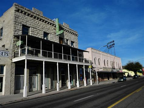 Kingman Commercial Historic District - Wikipedia