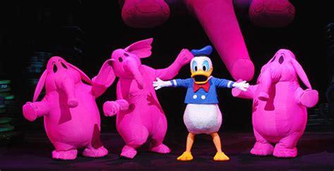 disneyland paris stopt met theatervoorstelling animagique