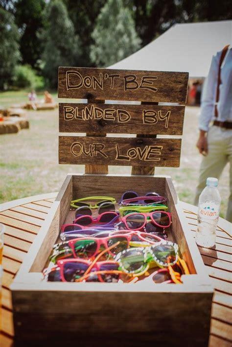 summer wedding favor ideas best summer wedding favors