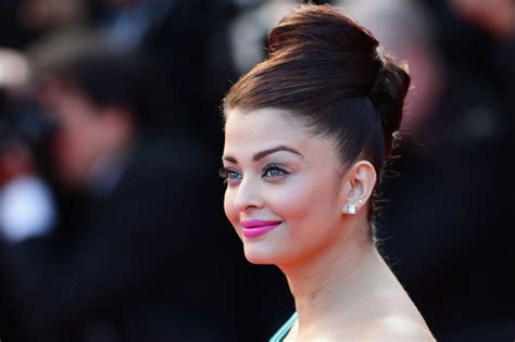 Aishwarya Rai Most Breathtaking Beauty Looks Style