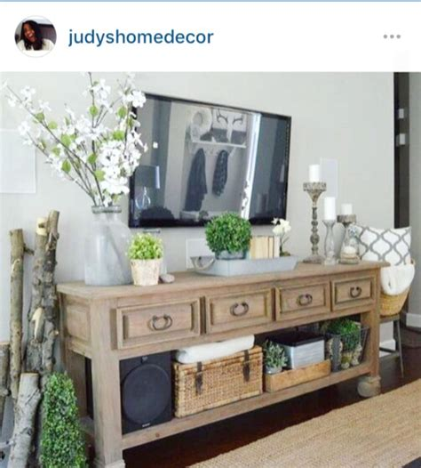 Decorating Ideas Tv Consoles by 1000 Images About Consoles On Console Tables