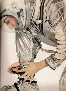 Women wearing Mercury spacesuits - collectSPACE: Messages