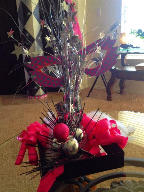 diy simple masquerade party decorations masquerade party