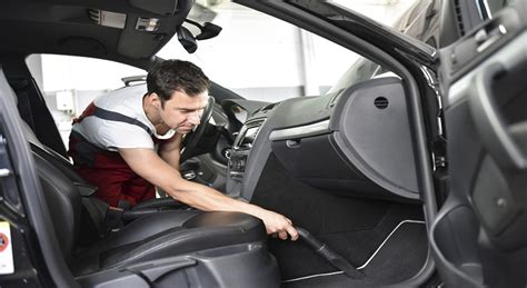 comment nettoyer la moquette de votre voiture
