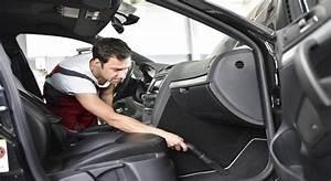 Comment Nettoyer Des Sièges De Voiture : comment nettoyer la moquette de votre voiture ~ Melissatoandfro.com Idées de Décoration