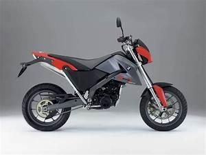 Moto Bmw 650 : bmw g 650x moto ~ Medecine-chirurgie-esthetiques.com Avis de Voitures