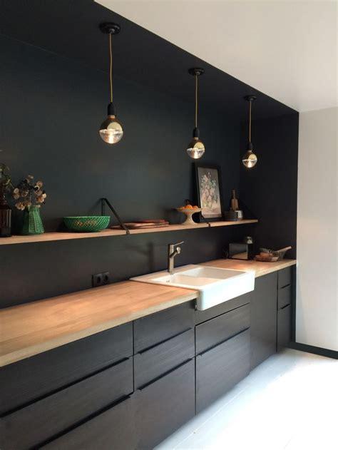 wandplank zwart keuken kitchen ideas