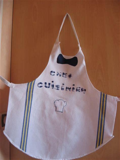 faire un tablier de cuisine tablier de cuisine pour enfant paminatelier com les