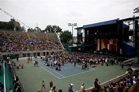 concert   returns  queens tennis stadium