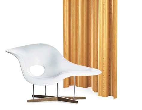 la chaise a bascule charles eames chaise interesting la chaise charles eames with charles eames chaise simple