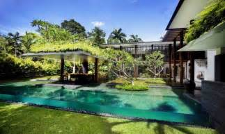 house with pool big house with beautiful ponds as cooling elements the