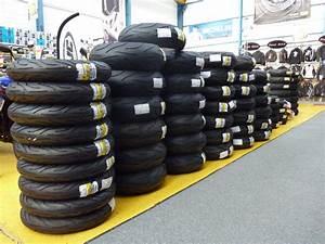 Pression Pneu Moto : comment choisir ses pneus moto sans se mettre la pression ~ Medecine-chirurgie-esthetiques.com Avis de Voitures