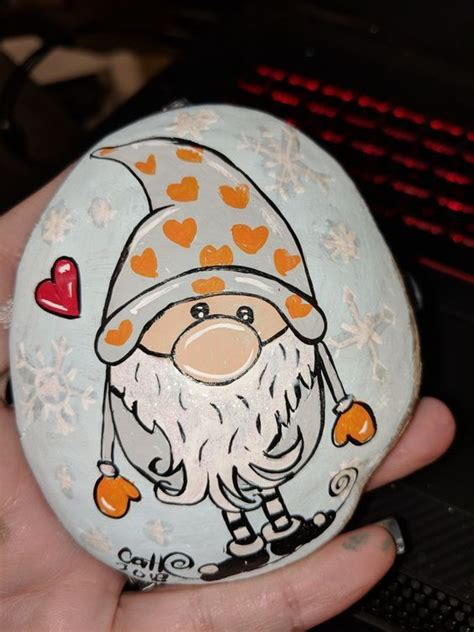 easy  fun christmas crafts  toddlers painted rocks