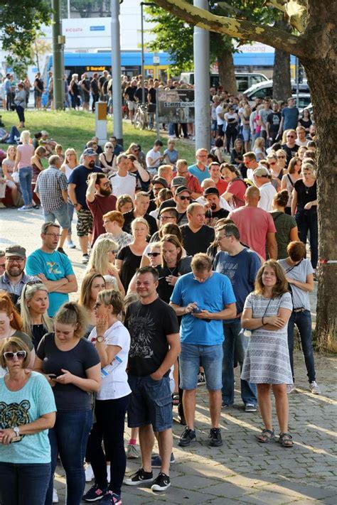 Weitere ideen zu die fantastischen vier, fanta 4, musik. Fanta 4 in Kassel: Tausende Fans feiern im Auestadion ...