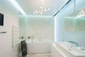 Deckenleuchte Bad Led : badezimmer deckenleuchte led beispiele ideen badezimmer casadsn ~ Markanthonyermac.com Haus und Dekorationen
