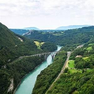 Dacia Pays De Gex : le pays de gex c 39 est un territoire tout l 39 est de la france proche de la fronti re suisse au ~ Gottalentnigeria.com Avis de Voitures