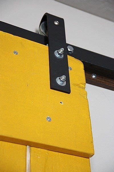 come fare una porta scorrevole istruzioni su come fare una porta scorrevole con i pallet