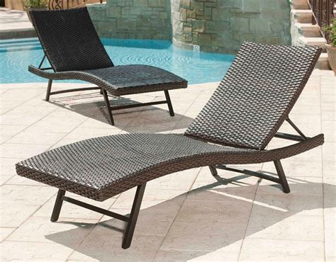chaise balancelle wicker pool lounge chairs chairs seating