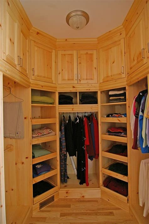 Small Room Walk In Closet by Walk In Closet Solution For A Small Space To Look