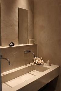 emejing salle de bain beton bois photos awesome interior With beton cire dans une salle de bain