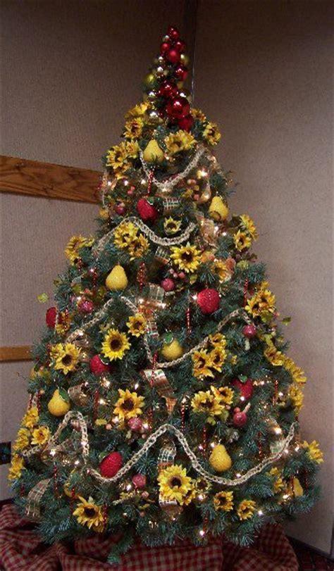 Perennial Passion: Sunflower Christmas Tree