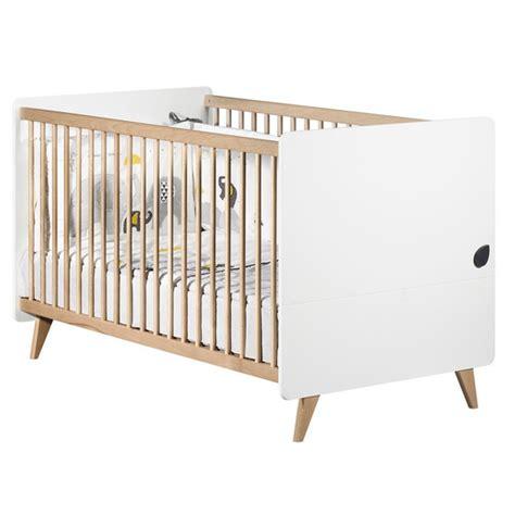 chambre opale blanc lit bébé achat de lit bébé en bois et à barreaux design