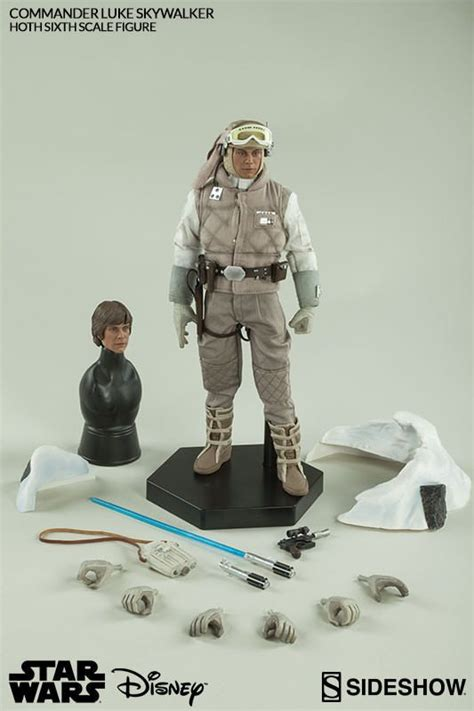Commander Luke Skywalker | Star wars figures, Star wars ...