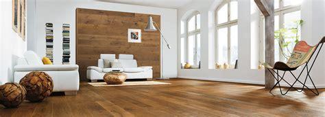 HARO floors as wall design with HARO Wall