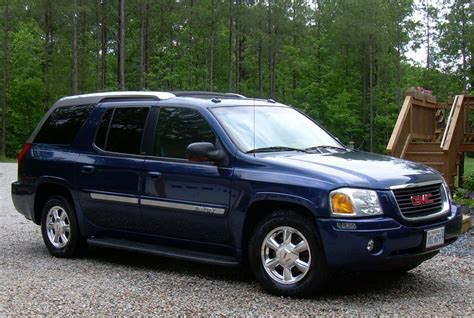 Gmc Envoy 2004 by 2004 Gmc Envoy Xuv Information And Photos Zombiedrive