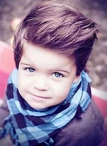 Frisur Kleinkind Junge : kinderfrisuren f r m dchen und jungs coole haarschnitte f r kinder kinder pinterest pelz ~ Frokenaadalensverden.com Haus und Dekorationen