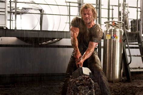 chris hemsworth workout get a ripped thor like chest