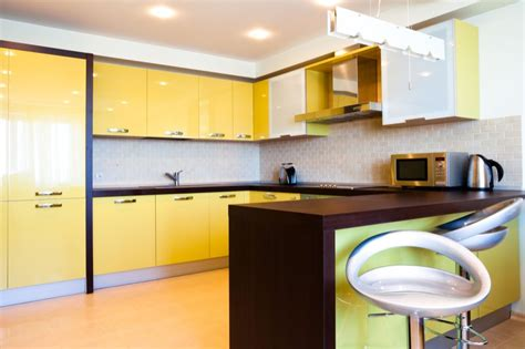 Cream Gloss Kitchens Ideas - high gloss and matte lacquered kitchen cabinet doors gallery