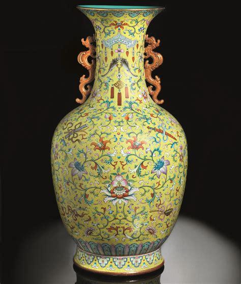 vasi cinesi grandi vaso cinese della dinastia qing venduto all asta