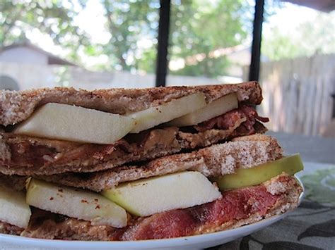 Apple Bacon And Peanut Butter Sandwiches by Grilled Peanut Butter Bacon And Apple Sandwich