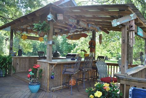 Backyard Bar Designs by Diy Outdoor Bar Ideas 80 Decoratoo