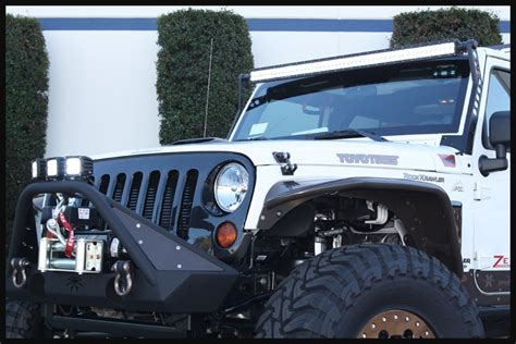 jeep road lights on and road lighting trail wrangler