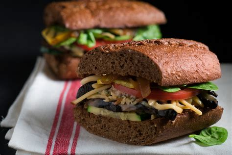 farmers market sandwich newks eatery  soups