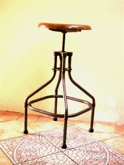 tabouret de bar metallique tabouret metallique industriel architecte jpg chaises