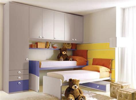 lit pour chambre armoire pont de lit pour chambre d 39 enfant mixte 208
