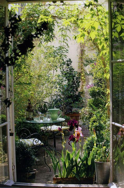 top 16 ideas to start a secret backyard garden easy diy