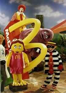 71 best Ronald! images on Pinterest | Ronald mcdonald ...