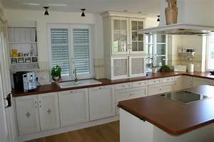 Kuchen im landhausstil for Küchen landhausstil