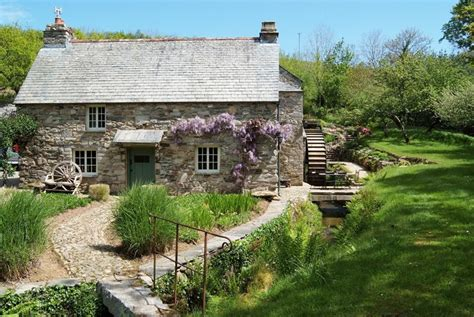Lavethan Mill, Holiday Cottage Description  Classic Cottages
