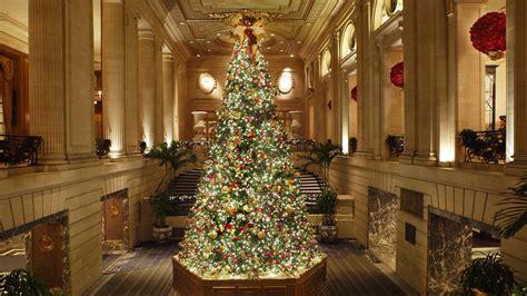 hotels    top holiday decor martha stewart
