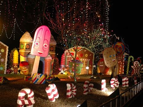 outdoor gingerbread decorations  web