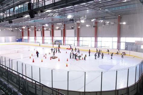 patinoire petit port horaire patinoires horaires tarifs activit 233 s animations gliss 233 o