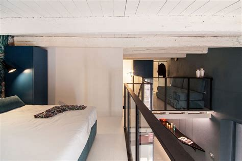 space savvy italian home delights   nifty mezzanine level bedroom